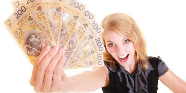 Dlaczego kredyt jest lepszy od pożyczki?